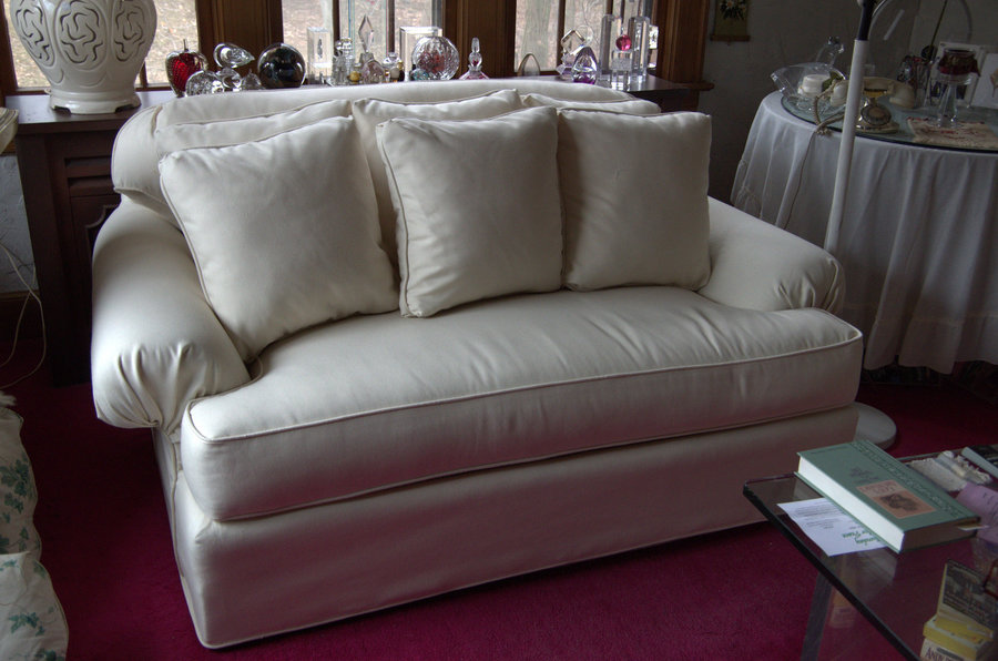 Exceptionnel Loveseat Slipcover And Pillows In Sunbrella Sailcloth Color Shell